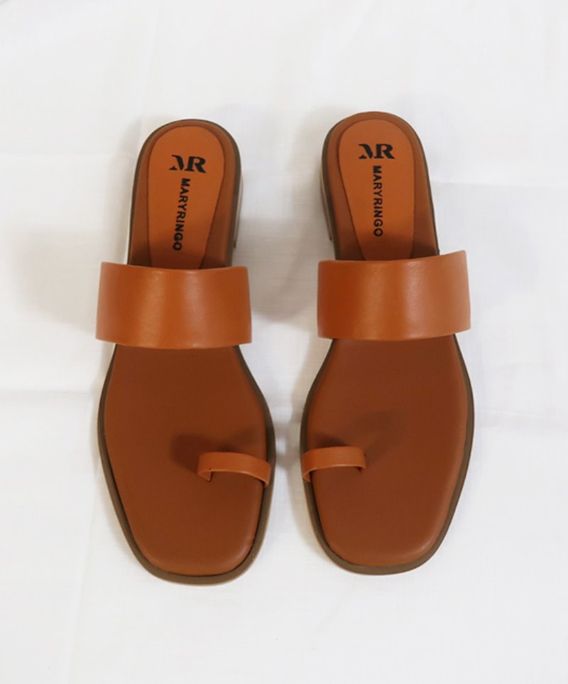 NO. Anne Simple Brown Sandal